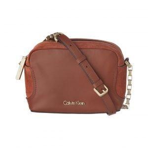 Calvin Klein Carolyn Suede Mini Crossbody Nahkalaukku