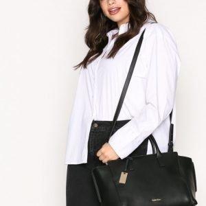 Calvin Klein Chrissy Tote Käsilaukku Musta