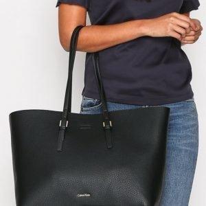 Calvin Klein Ck Large Tote Solid Käsilaukku Musta