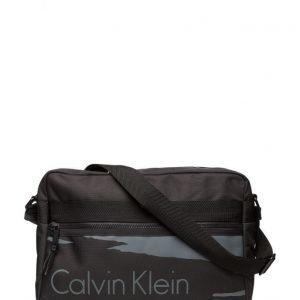 Calvin Klein Cooper Messenger 00