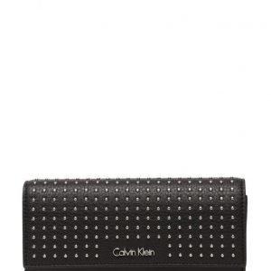 Calvin Klein K3yla Plus Large Tri lompakko