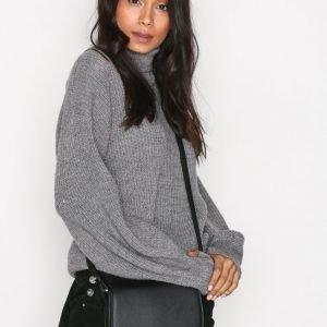 Calvin Klein Metropolitan Saddle Bag Olkalaukku Musta