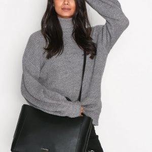 Calvin Klein Metropolitan Tote Käsilaukku Musta