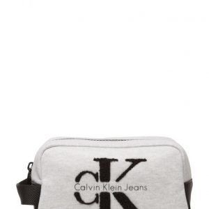 Calvin Klein Re-Issue 2.0 Washbag toilettilaukku