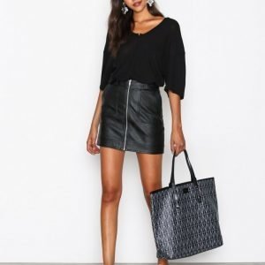 Dagmar Shopping Bag Käsilaukku Musta