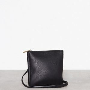 Filippa K Marly Utility Leather Bag Olkalaukku Musta