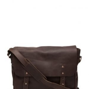 Lyle & Scott Leather Messenger