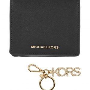 Michael Kors Md Carry All Box Set Lahjapakkaus: Nahkalompakko Ja Avaimenperä