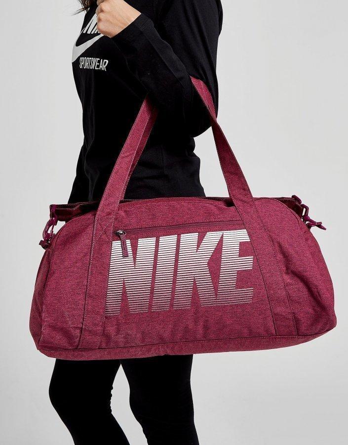 8765414e Nike Gym Club Training Duffel Bag Treenikassi Vaaleanpunainen ...