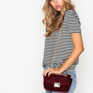 Nly Accessories Quilted Chain Bag Olkalaukku Burgundy