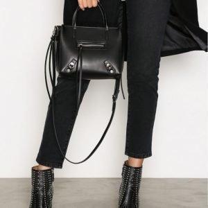 Nly Accessories Zip Bag Olkalaukku Musta