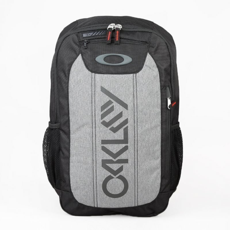Oakley Enduro 20