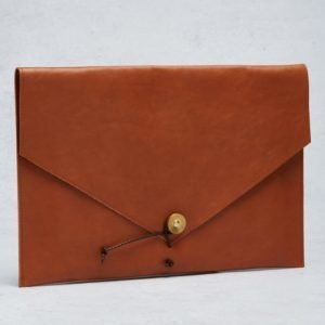 "P.A.P P.A.P Kungsten 15"" Laptop Cover Tan"