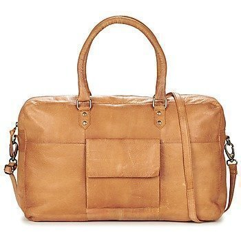 Pieces PIPPI LEATHER TRAVEL BAG olkalaukku