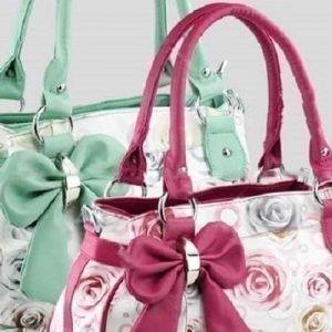 Ruusukuvioinen laukku