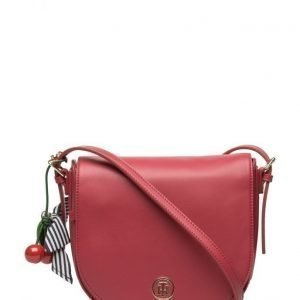 Tommy Hilfiger Cherry Saddle Bag olkalaukku
